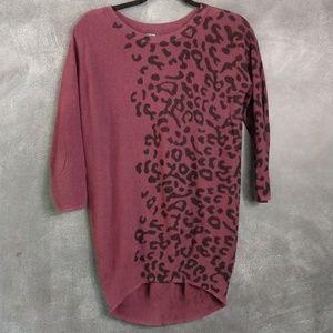APT. 9    Purple Leopard Print Tunic Sweater Sz XS